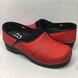 Sanita Clogs Nursing Shoes Red Size 39 US 8.5-9